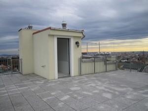 PETER-JORDAN-STRASSE 110 - Dachterrasse